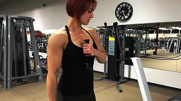 Cross-Body Hammer Curl