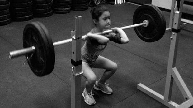 Girl Front Squat