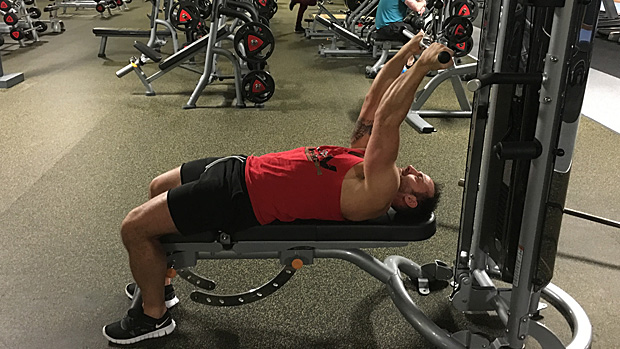 Guillotine High-Cable Curl 1