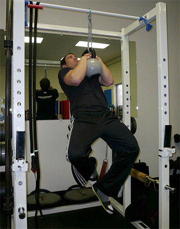 Kettle Bell Clinch Pull Up