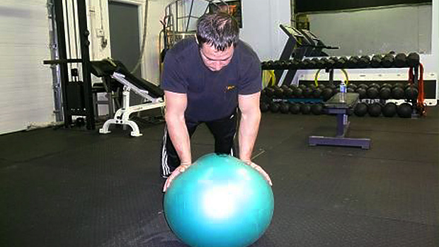 Normal ball push-up