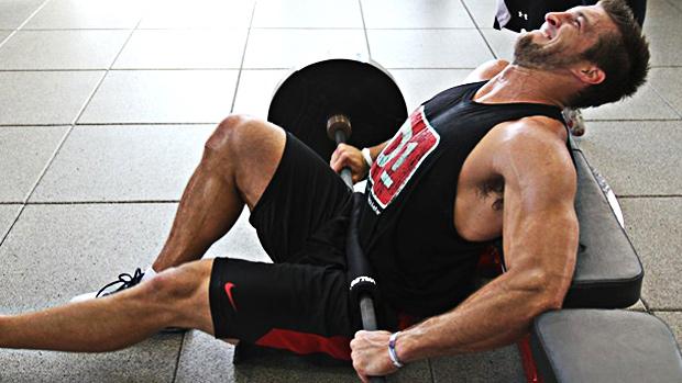 Two pics: One Leg Hip Thrust 1
