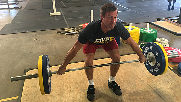 Snatch isometric hold right below the knee