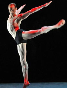 dancer-calves