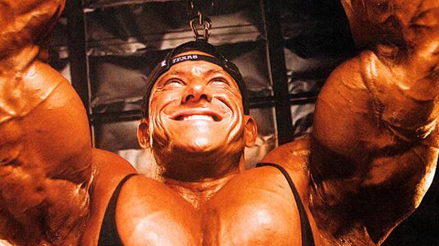 massive-bodybuilder