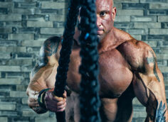 7 Ways to Build Muscle with Battle Ropes